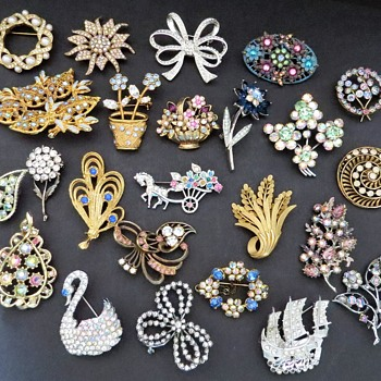 My Collection of Brooches - Costume Jewelry