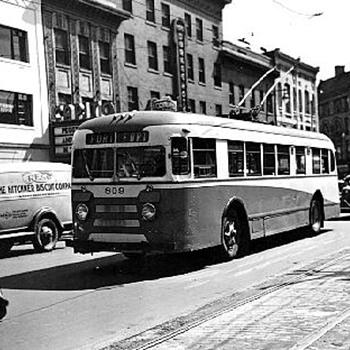 Wilkes-Barré, PA Electric Trolley-Bus - Railroadiana