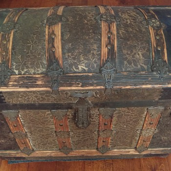 Roundtop Trunk