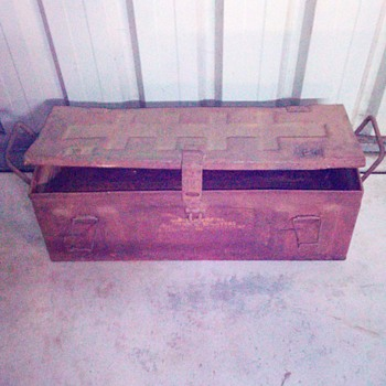 1945 trench mortar army box