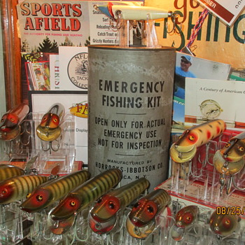 WW2 Emergency Fishing Kit