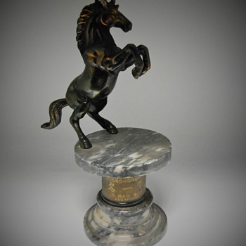 "Japanese Trophy""Horse Breeding/Training"" Circa 1950-60 - Animals"