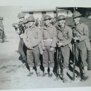 "Pre WWII US Army photo...""Boys will be boys..."" 3"" X 4"" - Military and Wartime"