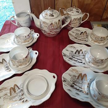 Vintage tea and toast set - China and Dinnerware