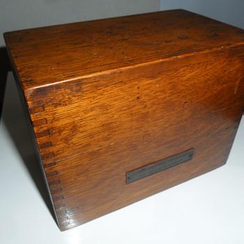 John Sands game box - Games