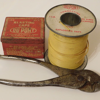 Old DUPONT Blasting Accessories - Tools and Hardware