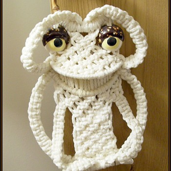 1970's Macrame Towel Holder -- Frog...  a.k.a FROGGIE - Rugs and Textiles