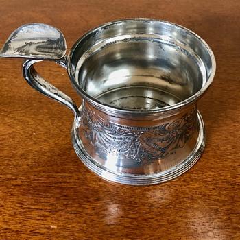 Wallace Bros antique cup handle - Silver