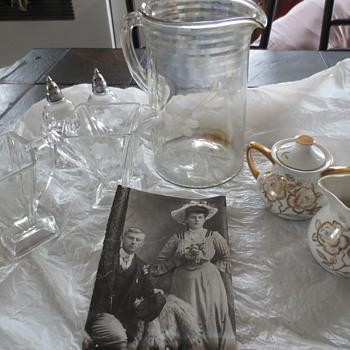 Depression etched glassware