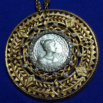 """Nettie Rosenstein """"Marie Louise"""" medallion brooch - Costume Jewelry"""