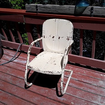 Vintage Metal Lawn or Deck Chair I Like the Rust - Furniture