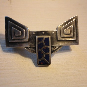 Jugendstil  Secessionist German Silver Brooch c. 1900 - Fine Jewelry