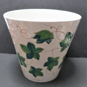 Italian Planter - White with Tendrils and Green leaves - Pottery