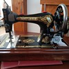 Singer Sewing Machine V465876
