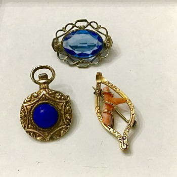 3 small brooches - Fine Jewelry
