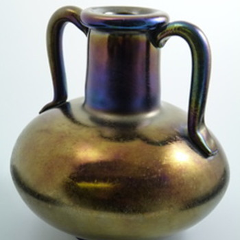 Thomas Webb Bronze Glass Vase - Art Glass