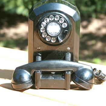 Unique Western Electric Telephone - Telephones