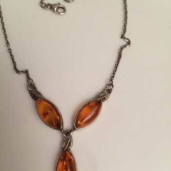 Amber necklace - Costume Jewelry
