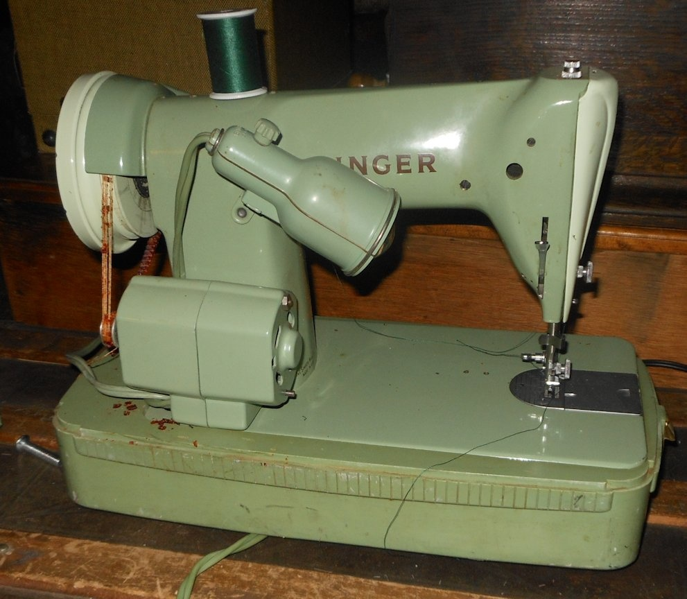 Green Singer Sewing Machine Model RFJ8-8 1950s Portable