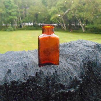 Old Amber Bottle - Bottles