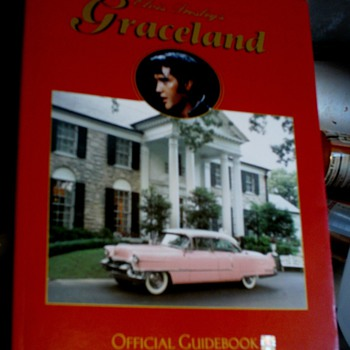 An official Graceland Mansion Guidebook - Books