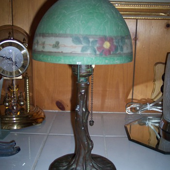 Antique Handel Boudoir Lamp #6548 signed on shade and base