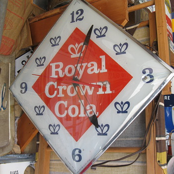 ROYAL CROWN COLA LIGHTED PAM CLOCK from 1962 - Clocks