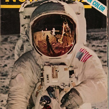 1969 - First Man on the Moon - Newsweek - Paper