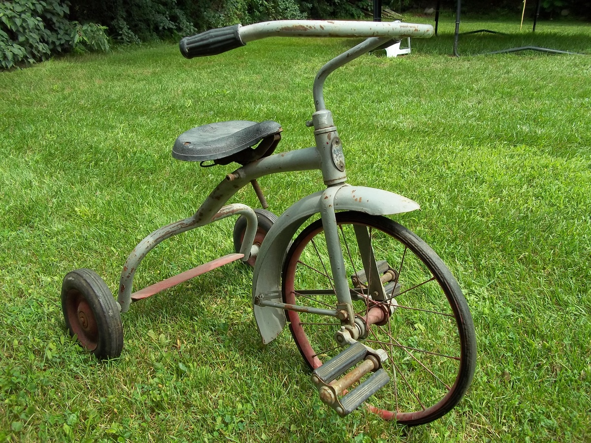 Makers Of Antique Tricycles : Vintage antique tricycle collectors weekly
