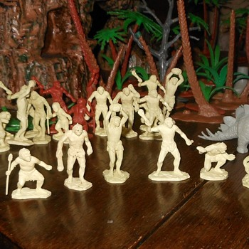 No Dinosaurs This Time (Just a Couple) The Marx Cavemen Circa 1955-1969 - Toys