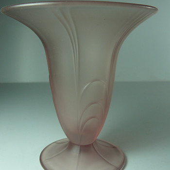 footed satinated art deco vase - Art Glass