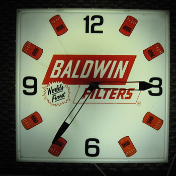 BALDWIN FILTERS LIGHTED ADVERTISING CLOCK by ESSEX 1960-1970 - Clocks