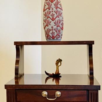 Mersman End Table - Furniture