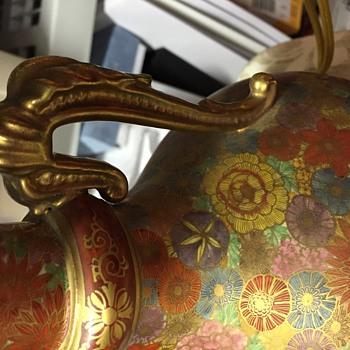 Vintage hand paint lamp. No markings