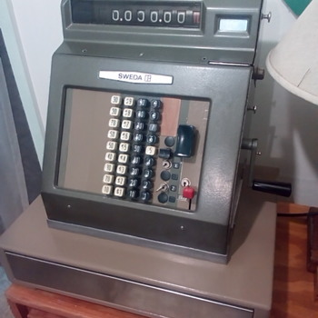 Sweda Cash Machine Model M - Coin Operated