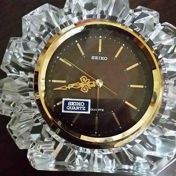 Seiko table clock - Clocks