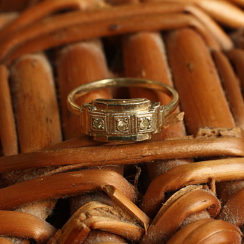 Oria 1920's ring - Costume Jewelry
