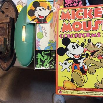 Hey Mickey  - Toys