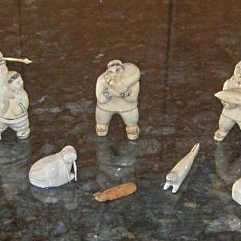 miniature Inuit walrus ivory figures