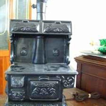 Ayner's Wood Burning Stove Lamp (Electric) - Lamps