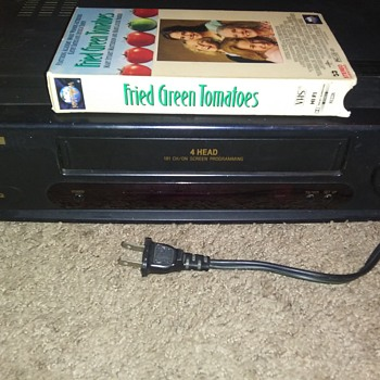 THE VIDEO CASSETTE RECORDER..IT PAVED THE WAY TO THEATRE HOME ENTERTAINMENT..... - Electronics