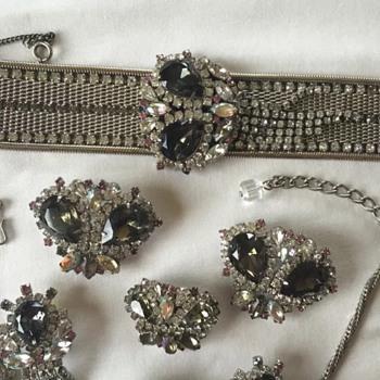 My first Hobe set! - Costume Jewelry