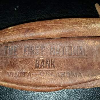 Leather bank bag. - Advertising