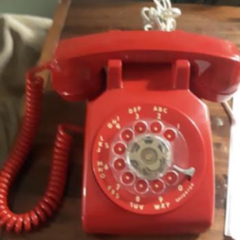 ITT 500 Telephone - Telephones