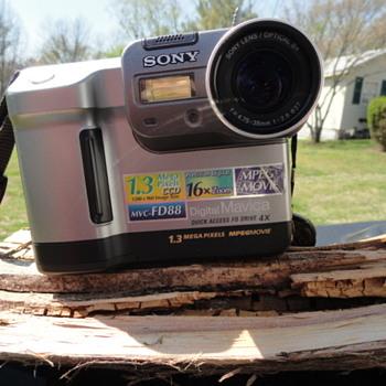 1.4 Floppy Disk Camera - Cameras