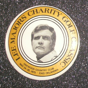 Lee Majors Golf Classic Buttons
