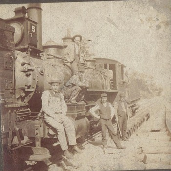 VINTAGE TRAIN - Photographs