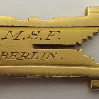 Gold German Gun/Rifle Sight? - Military and Wartime