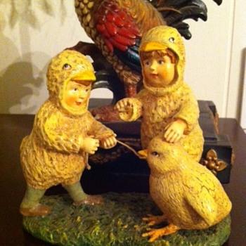Children Figurine Dressed as Chicks - Figurines