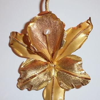NEED HELP IDENTIFYING AGE & MAKER?  - Fine Jewelry
